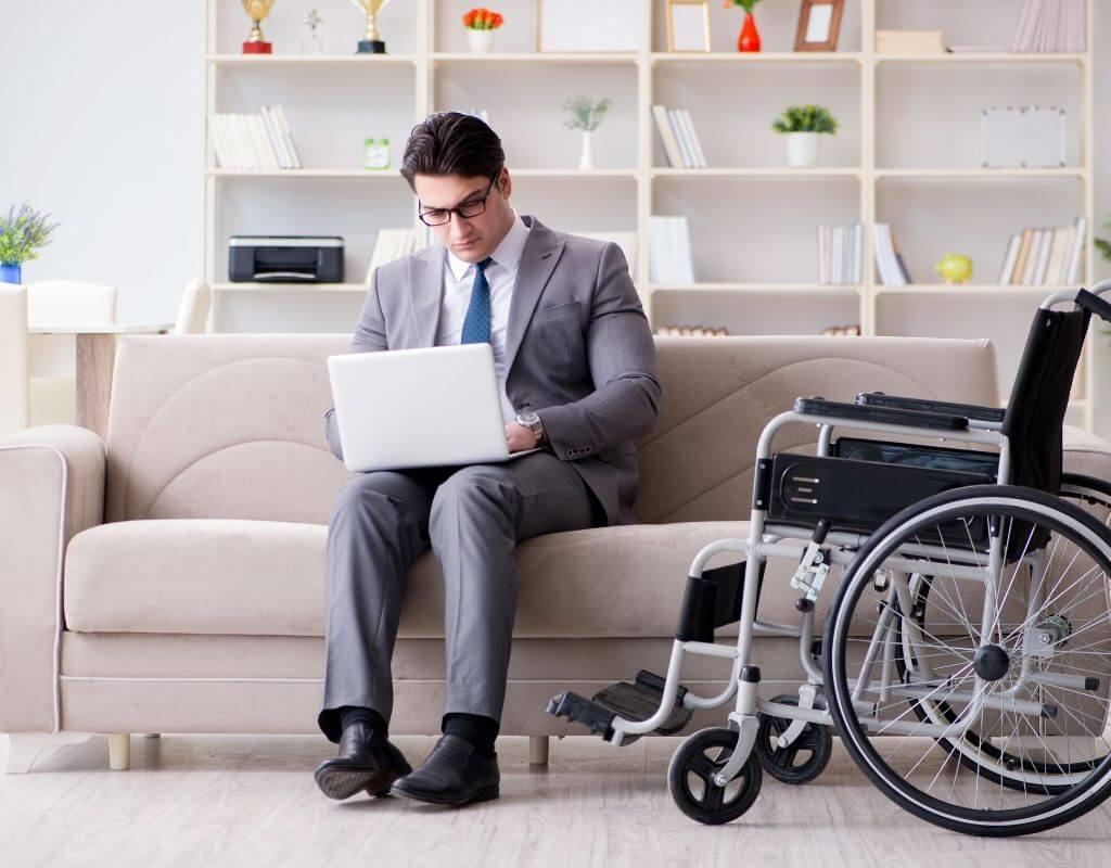 Copywriting jako praca zdalna dla osoby z niepełnosprawnością. Czy warto zatrudnić pracownika niepełnosprawnego w formie telepracy? 3